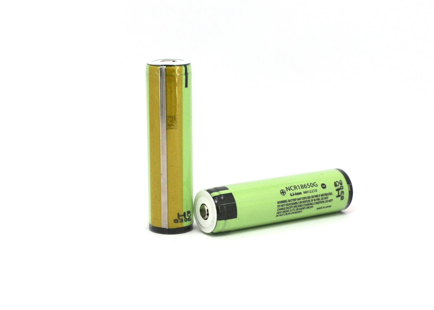 Product Flashlight And Batteries Protected 18650
